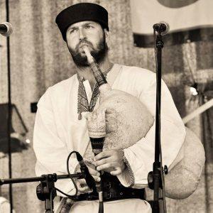 Prezentacja instrumentów pasterskich Karpat Wschodnich – Bies Czad Blues 2017