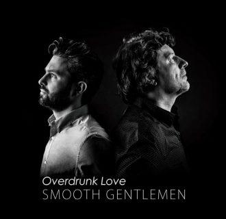 Debiutancki singiel duetu Smooth Gentelmen
